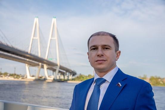Михаил Романов поздравил петербургских предпринимателей с профессиональным праздником