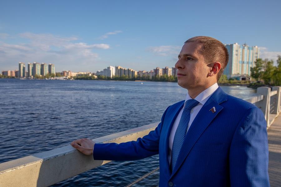 Минпросвещения России поддержало инициативу Михаила Романова об утверждении приоритета высшего качества над низшей ценой при госзакупках школьного питания