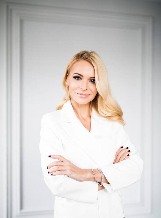 Телеведущая Анна Львова открывает запись на курс «Спикер высшего пилотажа»