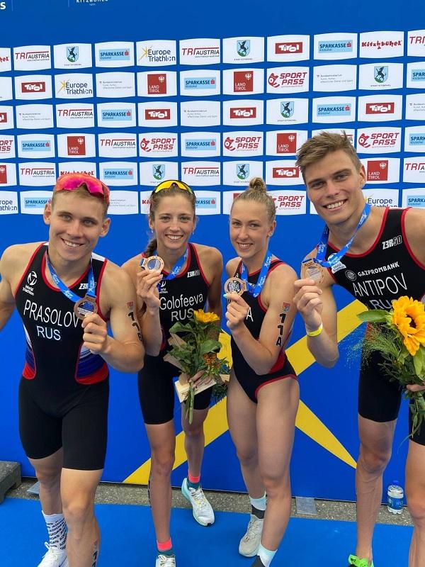 Сборная России по триатлону завоевала бронзовые медали на Чемпионате Европы в смешанной эстафете
