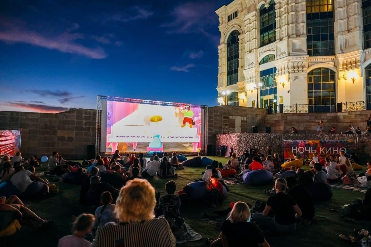 «Ночь кино»: к популярной акции присоединятся 120 площадок в Москве