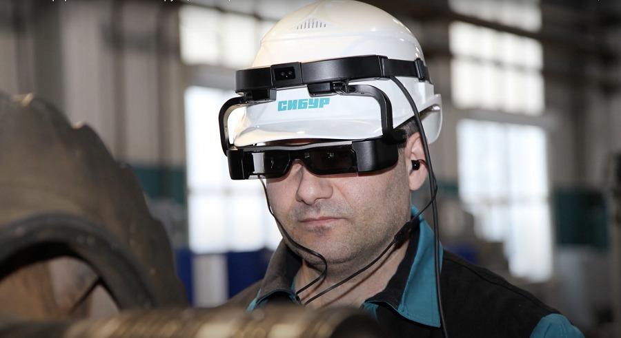 СИБУР запустил AR-консультантов на предприятиях клиентов