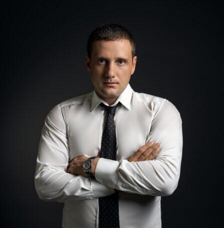 Предприниматель и инвеcтор Михаил Митрофанов: «Мой бесплатный курс по инвестициям бьет все рекорды популярности, потому что создан для дела и людей»