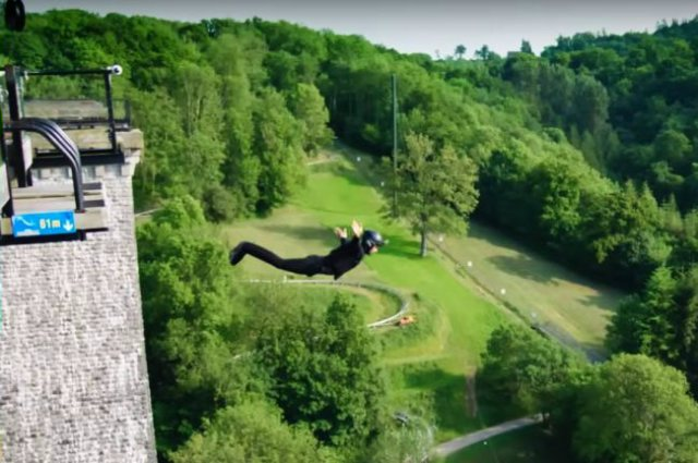 Wireless-bungee-jumping-ikea