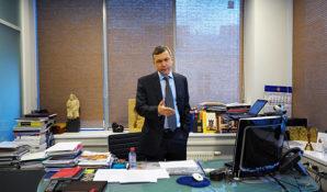 В передаче средств оппозиции замешан Алексей Голубович, соратник Ходорковского по ЮКОСу