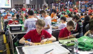 Столичные школьники завоевали «серебро» на XVI Всемирной олимпиаде роботов