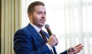 Управленцам московских школ предлагают проходить аттестацию командами