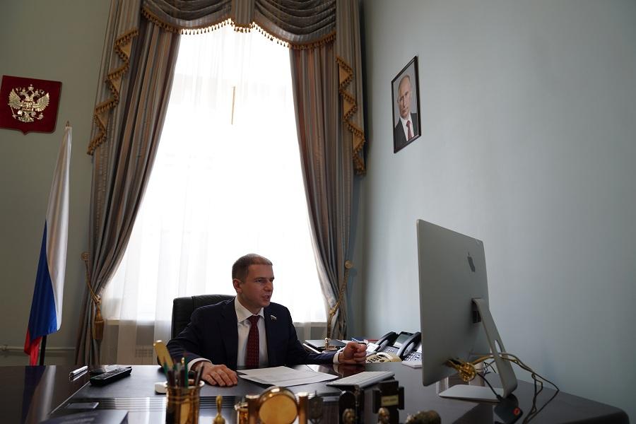 Об ускорении принятия антикоронавирусных мер Госдумой РФ рассказал Михаил Романов