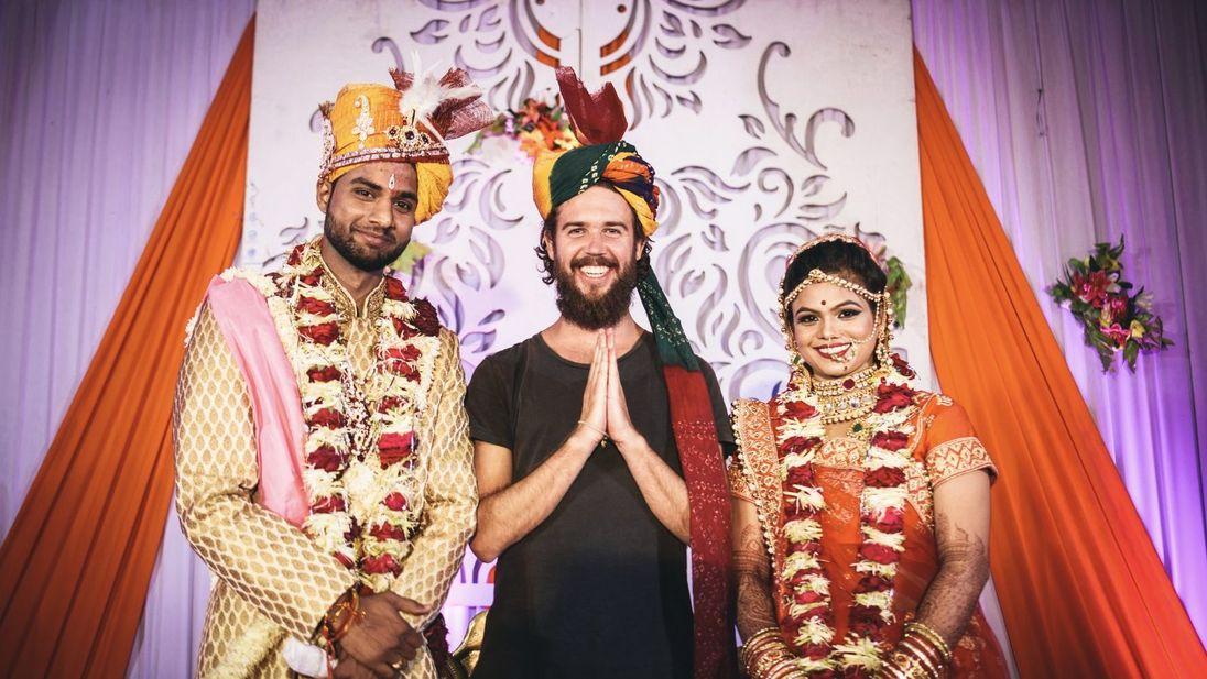 Couchconnections_indianwedding_16x9