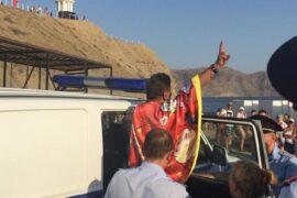 Миротворец Лаки Ли задержан на фестивале «Таврида-АРТ» за якобы укус полицейского