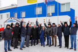 «Русский Уголь» группы «Сафмар» Михаила Гуцериева наградил лучших угольщиков внедорожниками