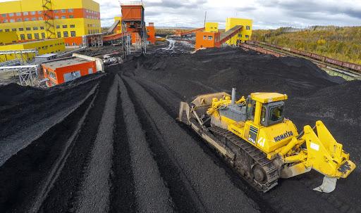 Первый вице-премьер РФ провел совещание по решению проблем угольной отрасли на шахте СУЭК