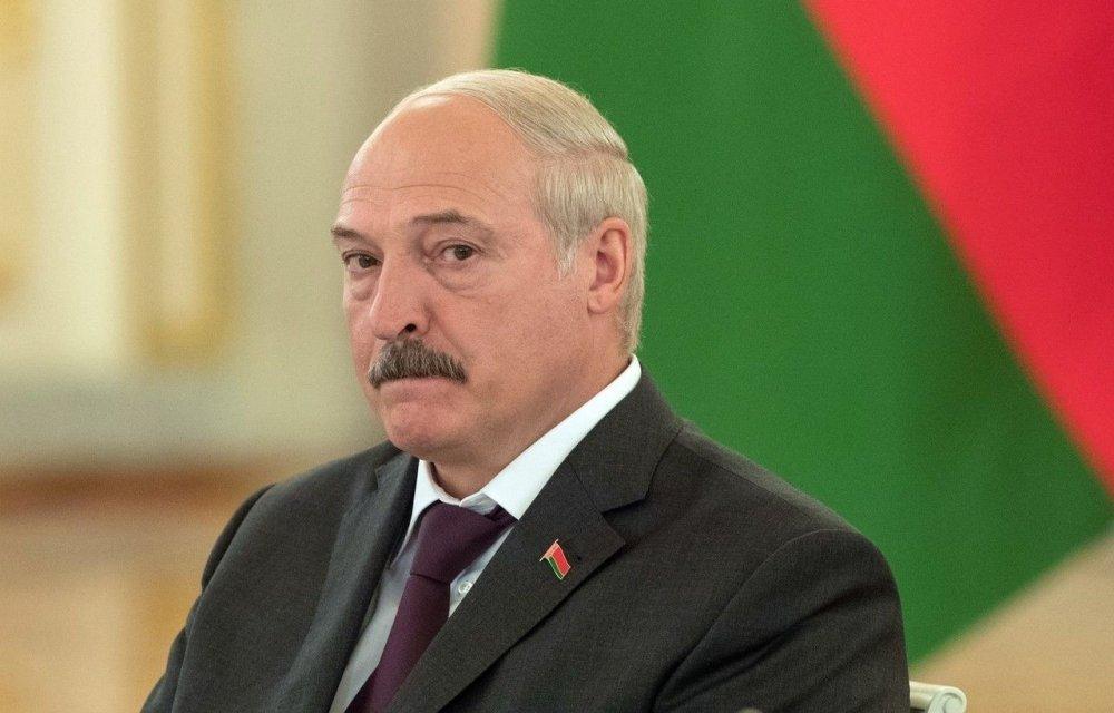 Лукашенко странно реагирует на предложение ввести карантин