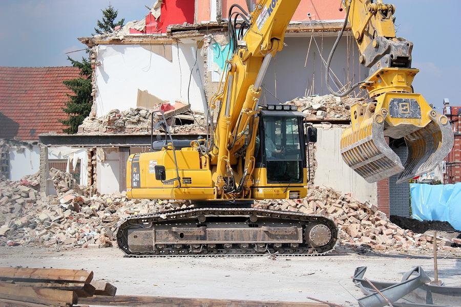 Удар по нечестному бизнесу: снос аварийных зданий и асбест в США
