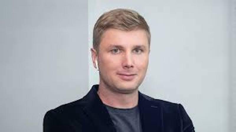 «Во время кризиса, эмпатия – это главное оружие лидера», –  заявляет Рустам Гильфанов