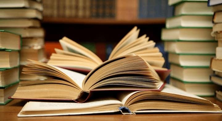 Пользователи MyBook приняли участие в опросе о популярных литературных парах