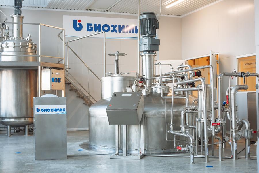 Исполнительный директор предприятия «Биохимик» Дмитрий Земсков рассказал о создании противовирусного препарата «Арепливир»