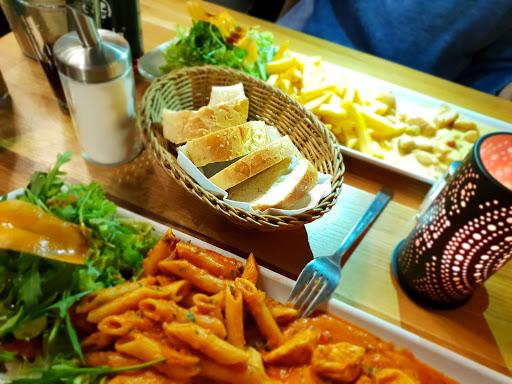 Chicken Club Restaurant