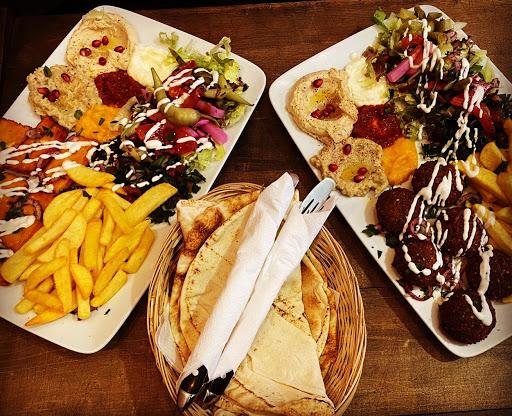 Cedar Shawarma Falafel Berlin (Schawarma)