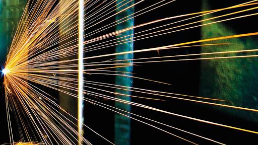 LKM GmbH Laseranwendung für Kunststoff- und Metallverarbeitung