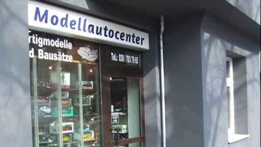 Modellautocenter