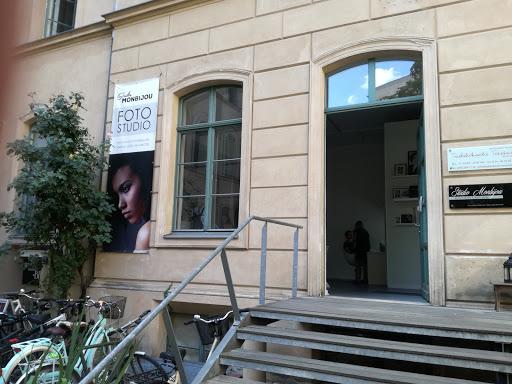 Studio Monbijou
