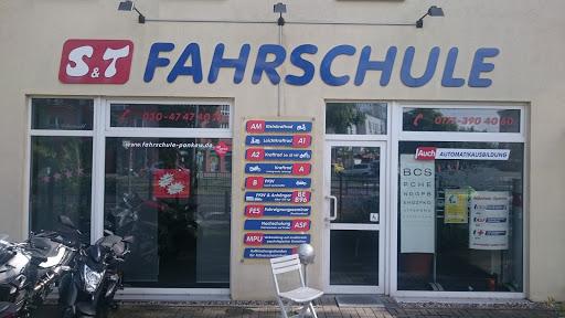Fahrschule Pankow & Prenzlauer Berg | S&T Fahrschule GmbH