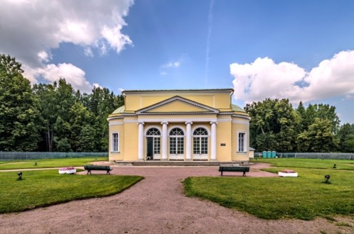 Круглый зал в Павловском парке
