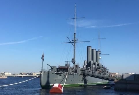 Крейсер Аврора вид с кормы