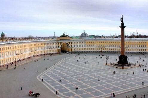 Здание Главного штаба на Дворцовой площади