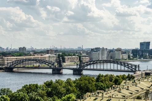 Вид на Большеохтинский мост и исторический район Охта
