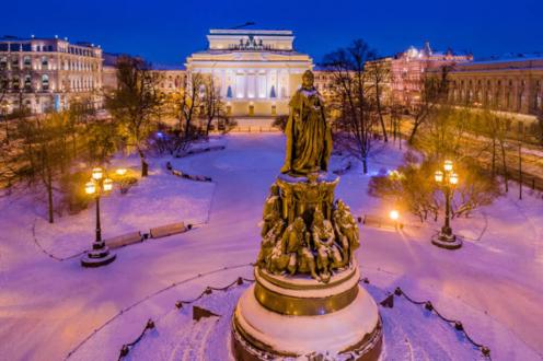 Площадь Островского зимой