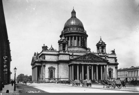 Исаакиевский собор в 1914 году