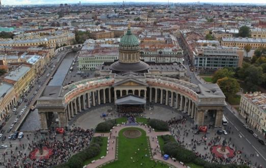 Казанский собор в Санкт-Петербурге - не так уж и похож