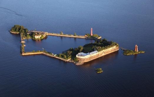 Кроншлот - первый форт Кронштадтской крепости
