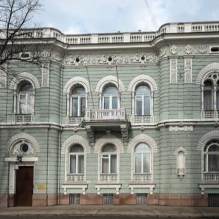 Оригинальный особняк Якова Шлосберга