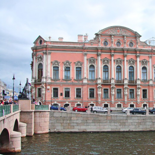 Дворец Белосельских-Белозерских: история и тайны Северной столицы