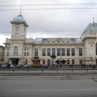 Витебский вокзал - первая станция Санкт-Петербурга