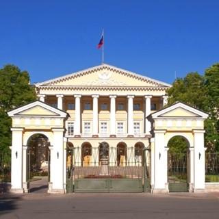 Смольный институт благородных девиц  в Санкт-Петербурге