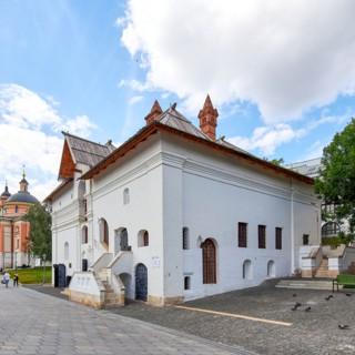 Старый Английский двор в Москве
