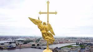 Ангел на шпиле колокольни Петропавловской крепости