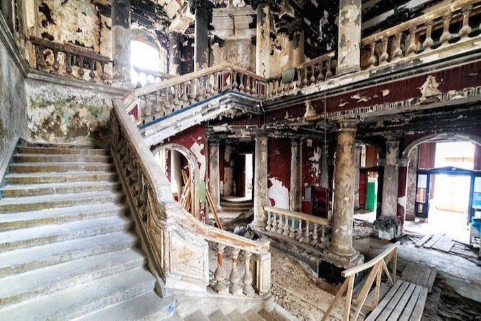 Церковь после пожара