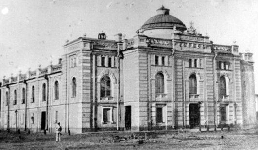 Дореволюционное изображение дани Волковского театра