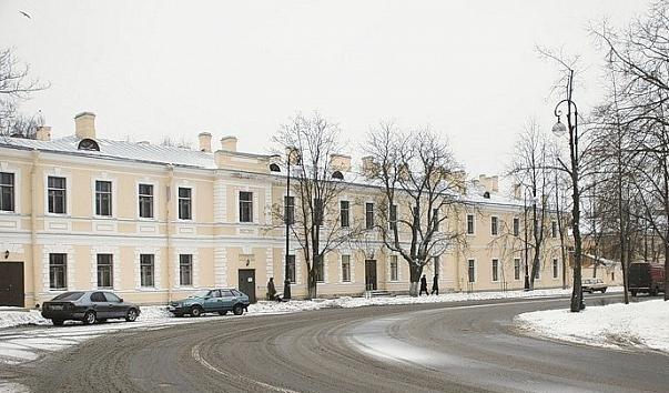 Здание бывшей гаупвахты Кронштадта