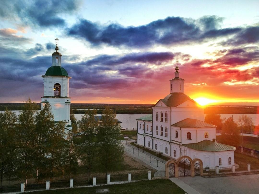 Храм святителя Стефана епископа Пермского в Котласе
