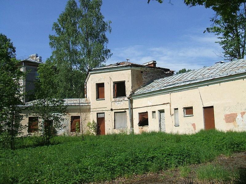 Здание офицерского собрания, дом Николаева или «дача Маннергейма»