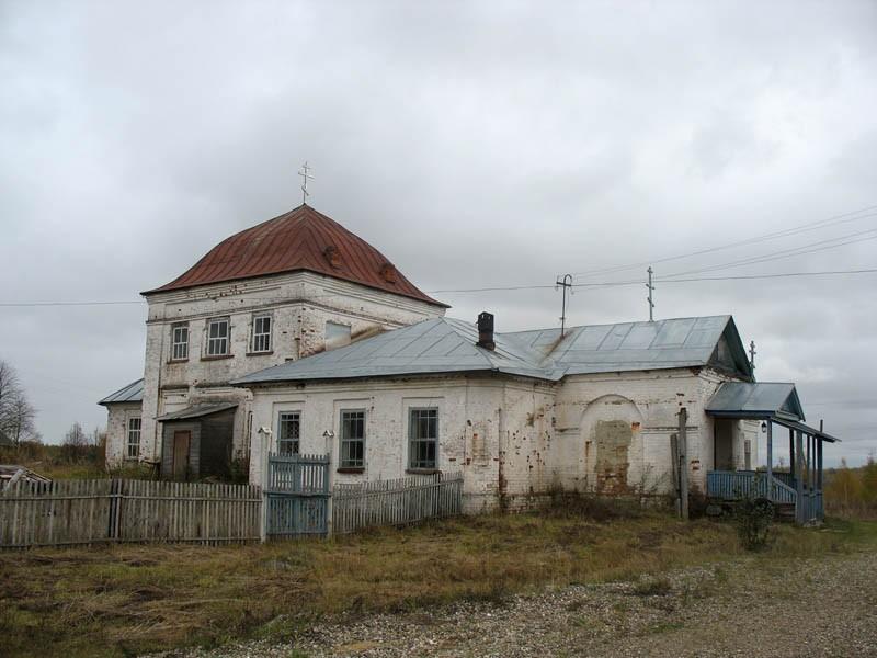 Владимирская церковь в Ведрово Костромской области.
