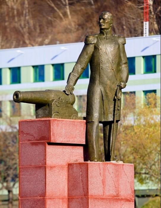 Памятник Завойко В.С.
