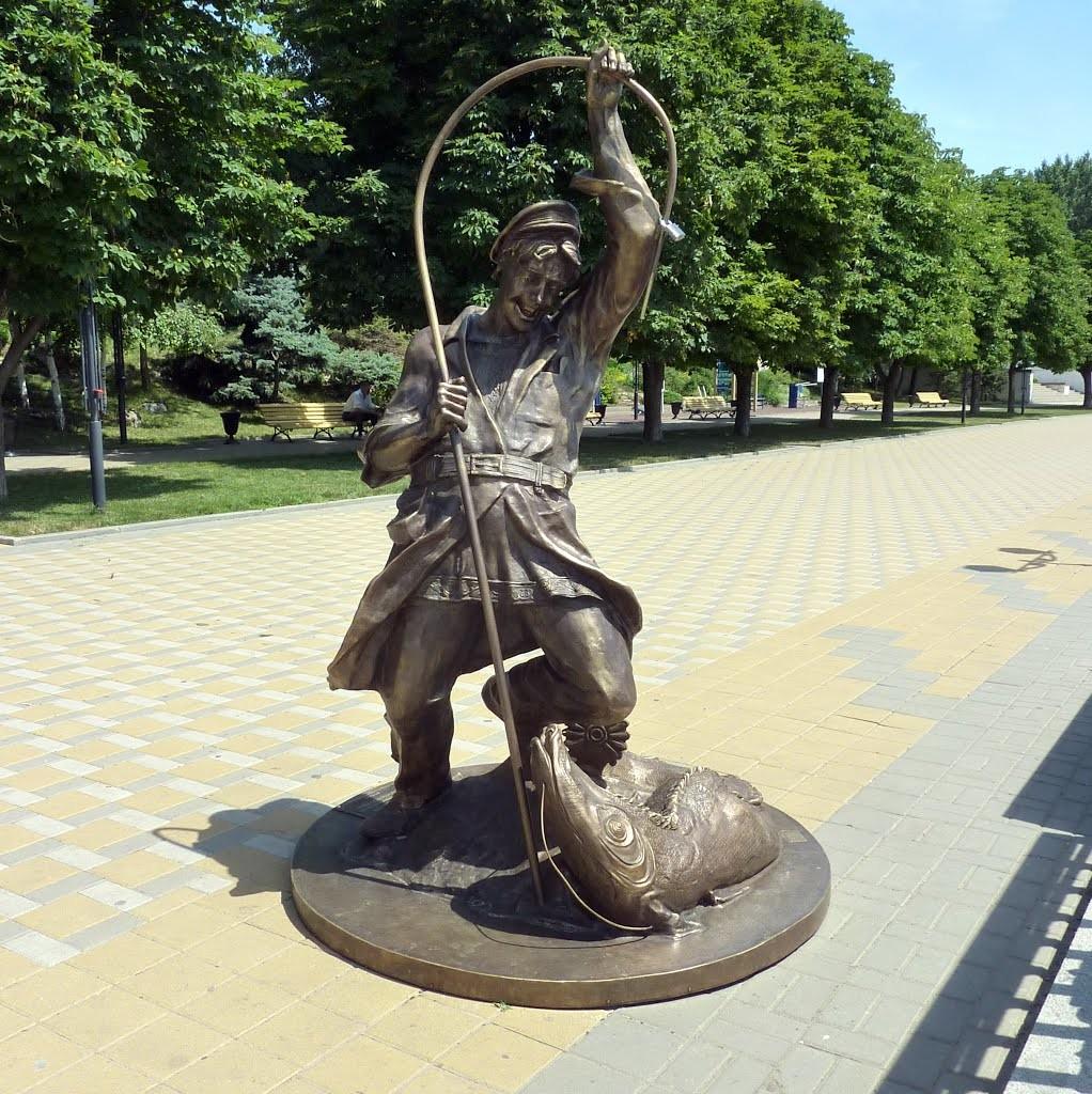 Скульптурная композиция «Рыбак»
