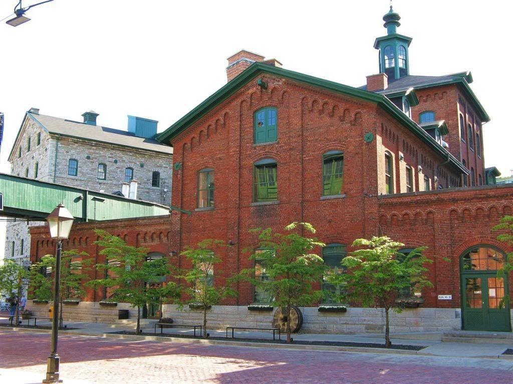 Русскоязычная община в Торонто (Канада)
